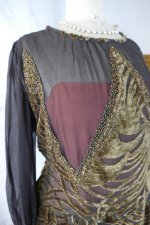 9 antique day dress 1923