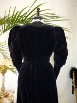 33 gown-1904