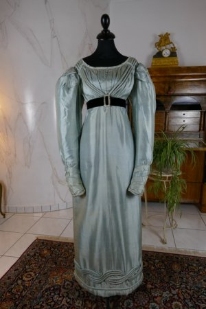 antique regency dress 1818