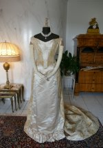 43 antique court dress 188