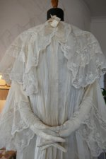 13 antique dressing gown 1890