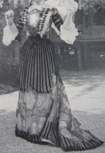 4 antique beer dress 1901