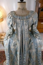 27 antique robe a la francaise 1770