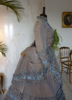 13 antique dress 1877