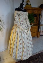 29 antique romantic period dress 1839
