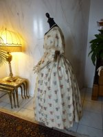 20 antique romantic period dress 1839