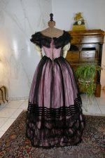 19 antique crinoline ball gown 1855
