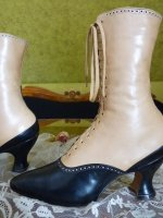 2 antique-two-ton-lace-up-boots