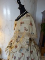 21 antique romantic period dress 1839