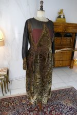 3 antique day dress 1923