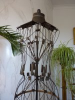 13 antique wire dressmakerform 1881