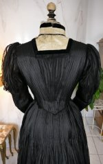 19 antique afternoon dress 1907