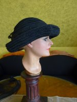 20 antique mourning Hat 1905