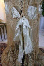 9 antique Drecoll Negligee 1912