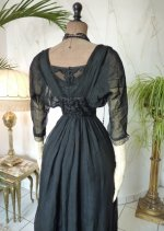 22 antikes Abendkleid 1909