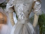 37 antikes Opernkleid 1890