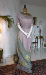 16 antique dress 1912