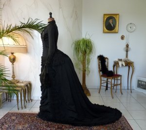antique mourning dress 1879