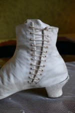 8 antique wedding boots 1855