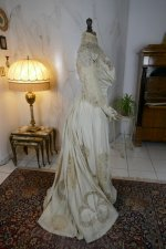 30 antique gown 1904