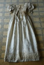 55 antique gown 1835