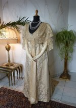 16 antique evening gown Worth 1910