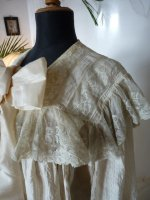 6 antique Peignoir 1895