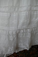 1 antique petticoat 1908