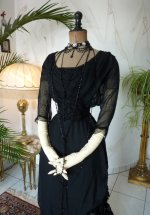 12a antique evening gown 1909