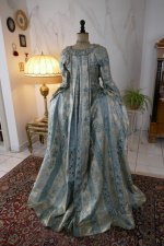 31 antique robe a la francaise 1770