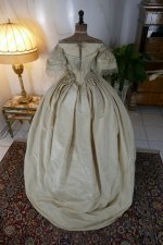 34 antique ball gown 1859