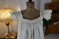1 antique camisole 1860
