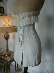 antique au royal corset 1910
