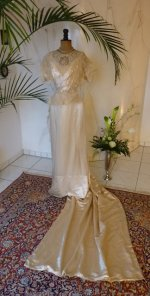1 antique wedding dress