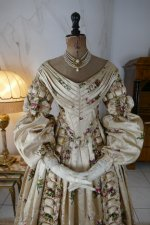 4 antique court dress 1838