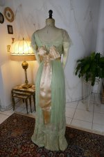 37 antique Jeanne Halle dress 1912