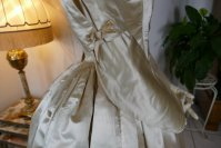 28 antique wedding dress 1845