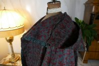 32 antique hooded cape 1790