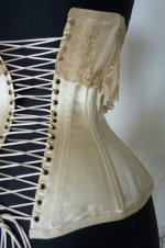 21 antique victorian corset 1895