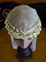 1a antique head dress