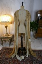 36 antique Drecoll Negligee 1912