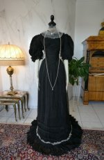 2a antique evening gown 1896