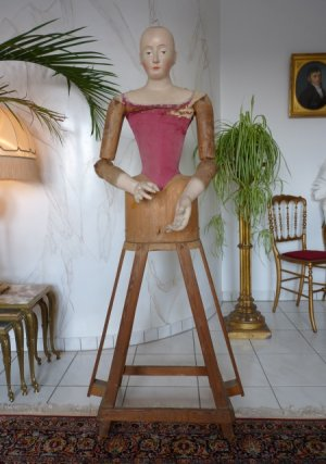 antique mannequin 1800