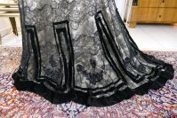 22 antique evening dress 1903