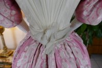 22 antique ball gown 1895