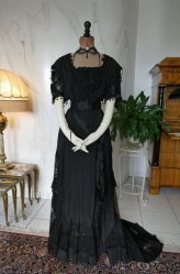 antique Drecoll dress 1906