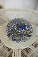 4 antique brooch 1920
