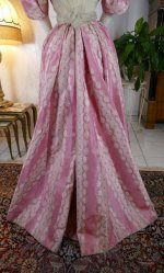 23 antique ball gown 1895