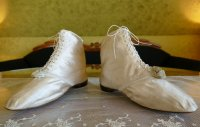 7 antique wedding boots 1818