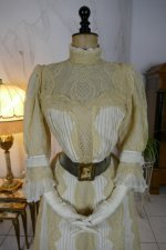 3 antique dress 1901